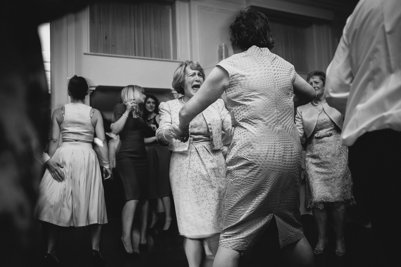 Aunts to the dance floor alternative wedding photography party